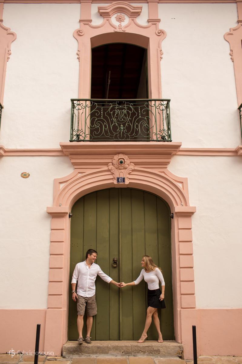 ensaio de casal na cidade velha em Belém