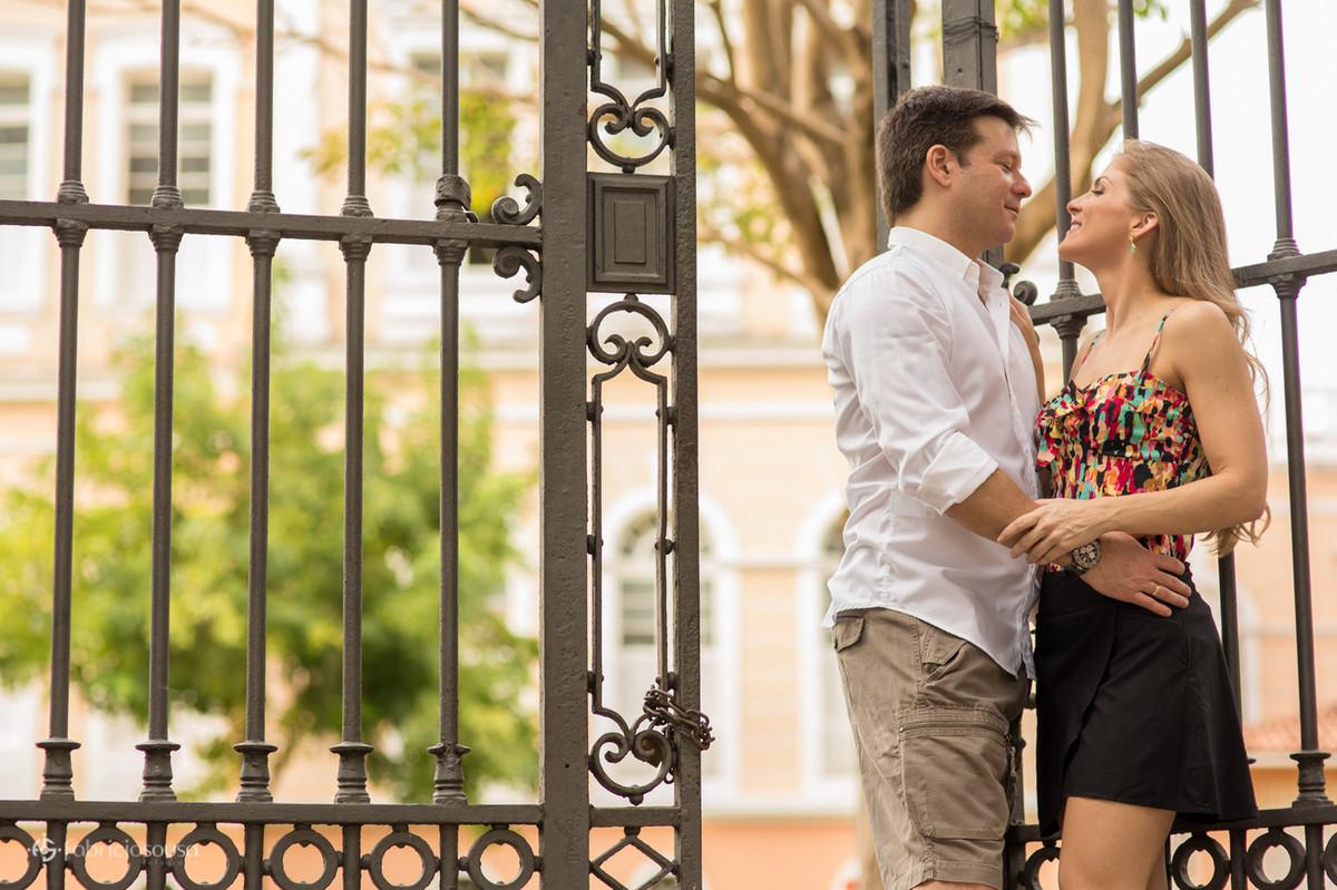 namoro no portão do colégio