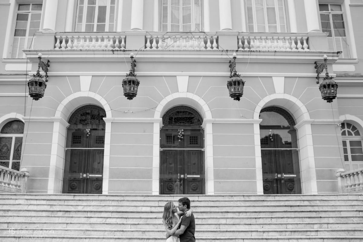 o beijo na frente do colégio gentil bittencourt