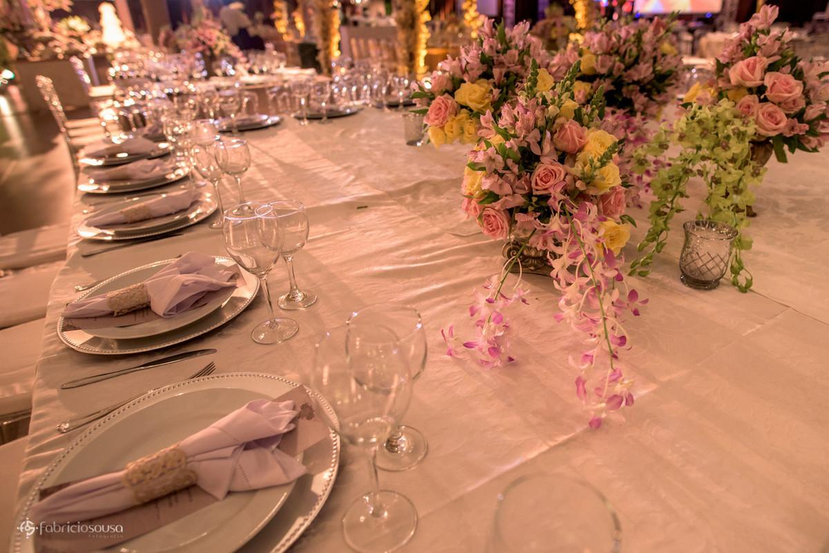 mesa florida por Decora Belem
