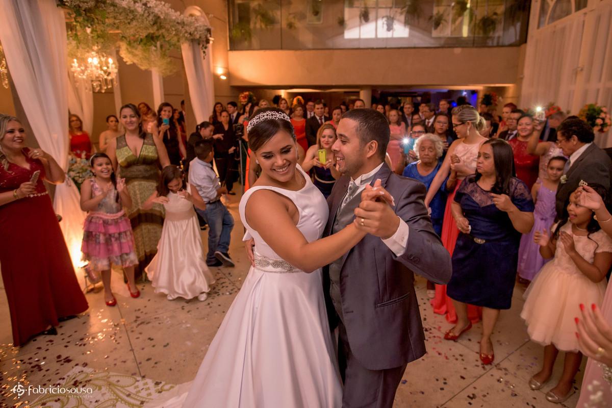 a primeira dança