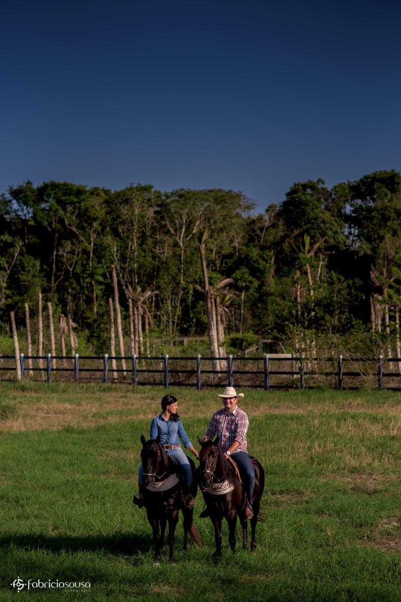 ensaio pre-wedding em cima do cavalo