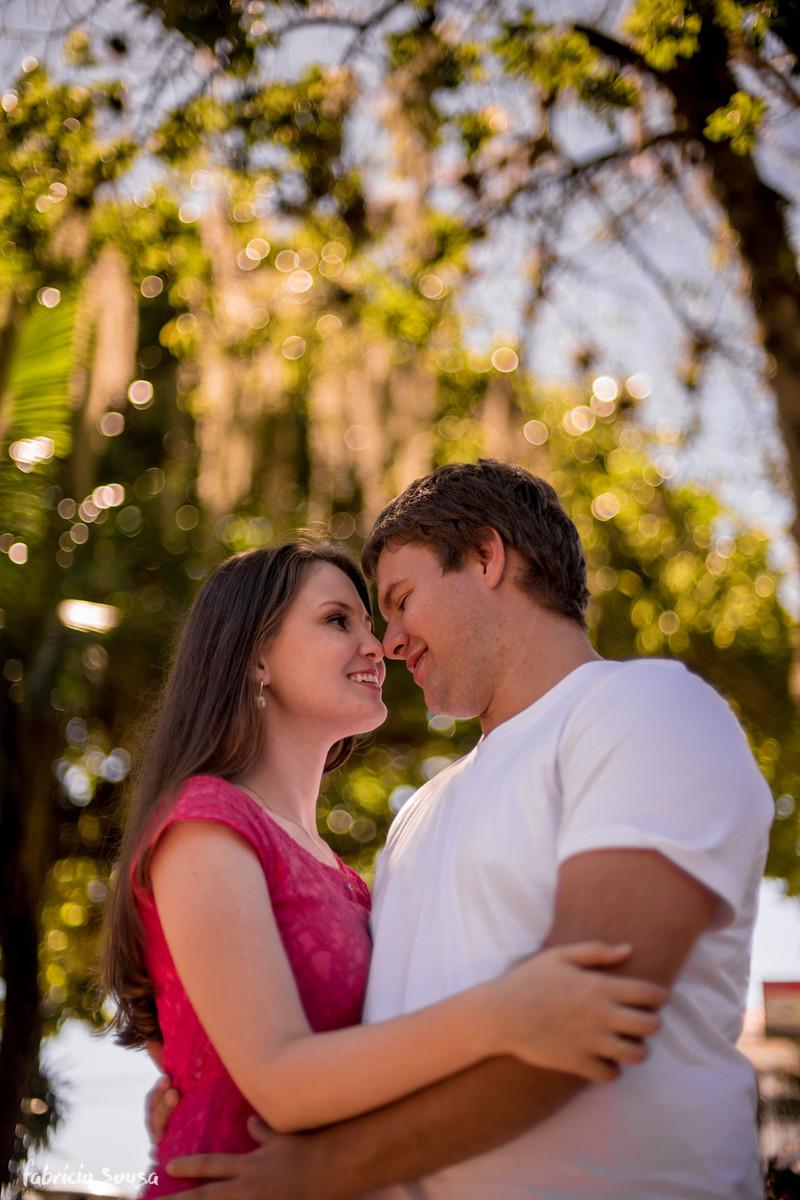 casal se beija em Santo Antonio de Lisboa - Floripa