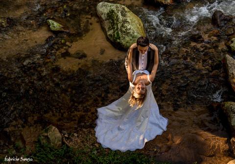 Ensaio de pós-casamento Helen e Jander - São João Batista/SC - trash the dress