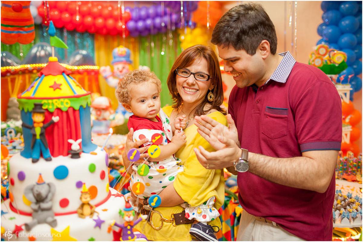 hora do parabéns com os pais