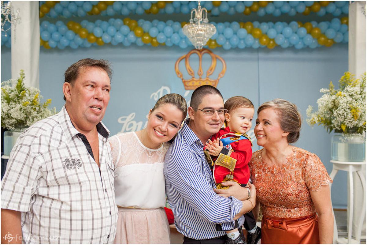 retrato de família no aniversário