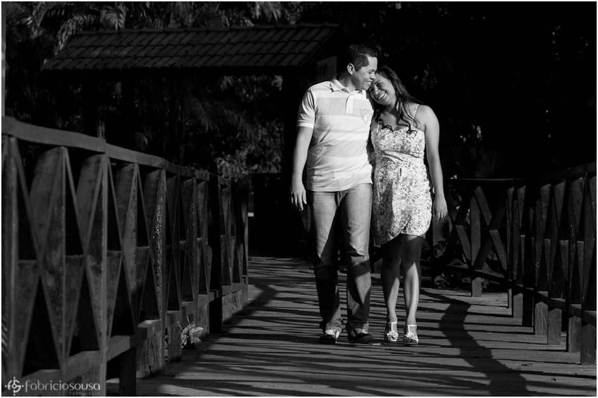 Ensaio noivos Cristiane e Arilson preto e branco