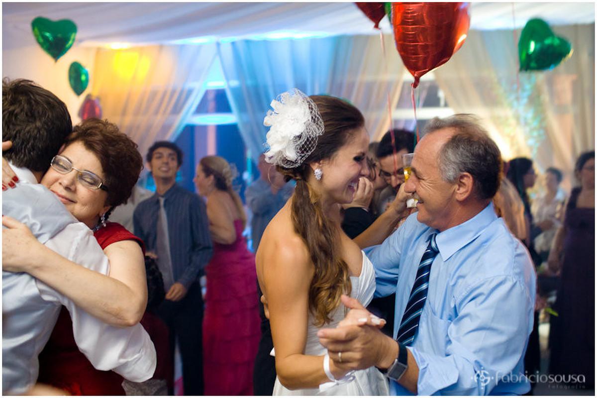 noiva dançando com sogro
