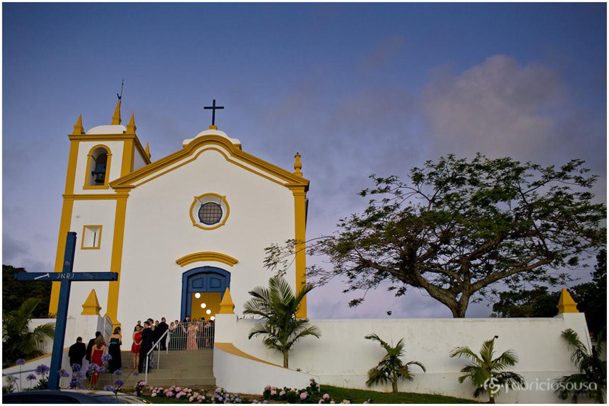 entardecer antes da cerimônia na igreja da lagoa