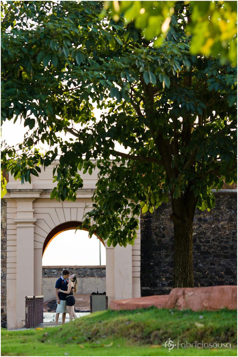 ensaio de casal no complexo feliz lusitânia em Belém