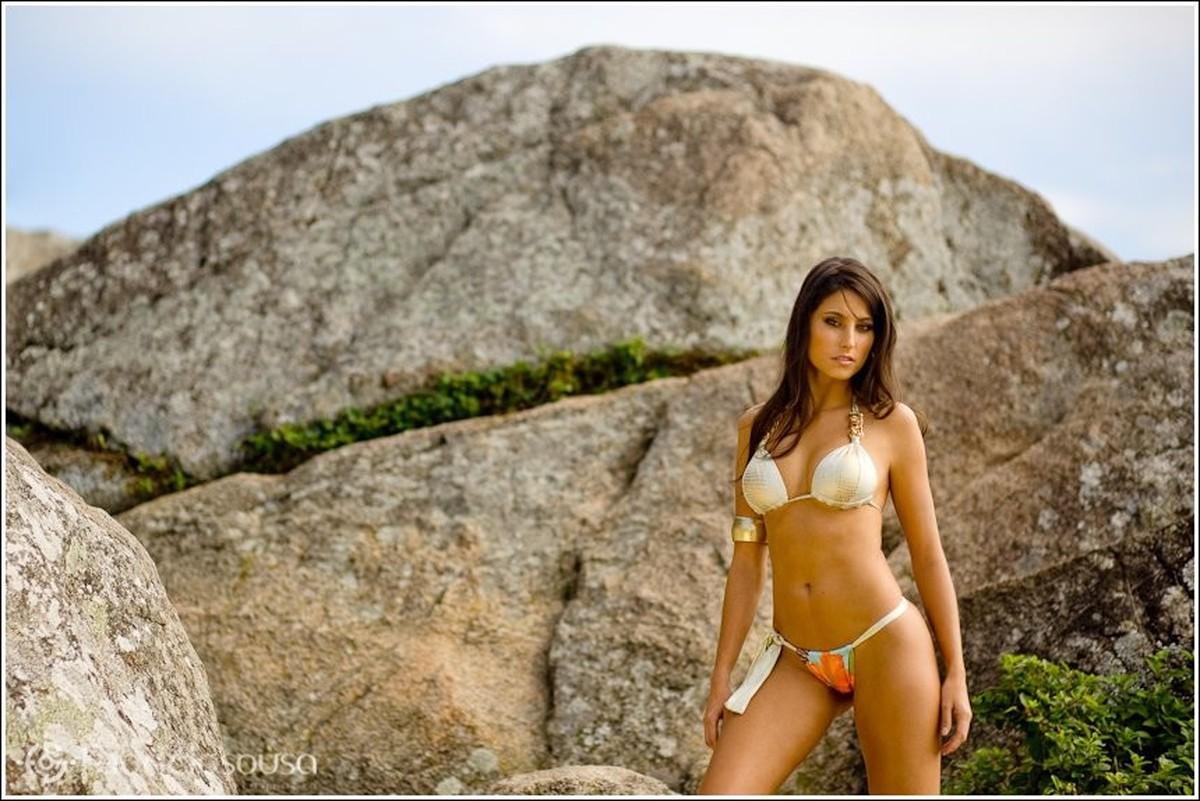 modelo beachwear