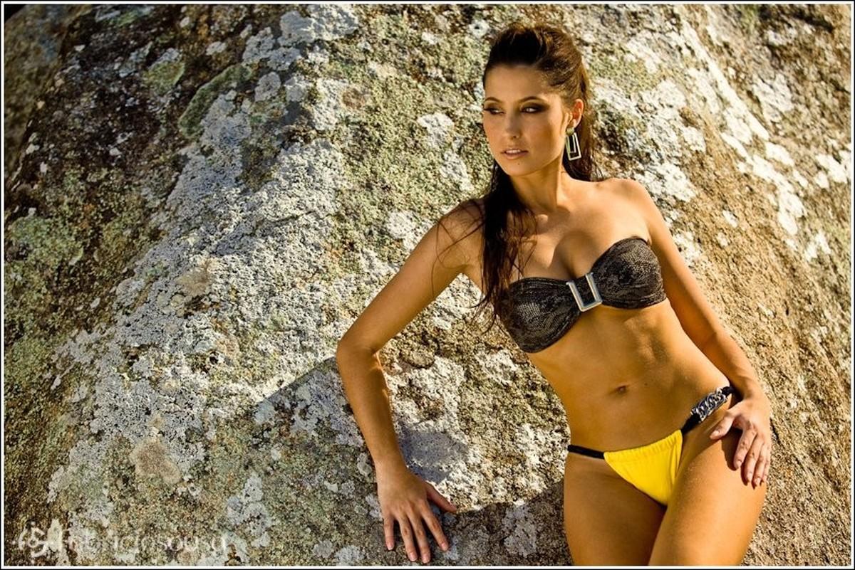 modelo Priscila Martins