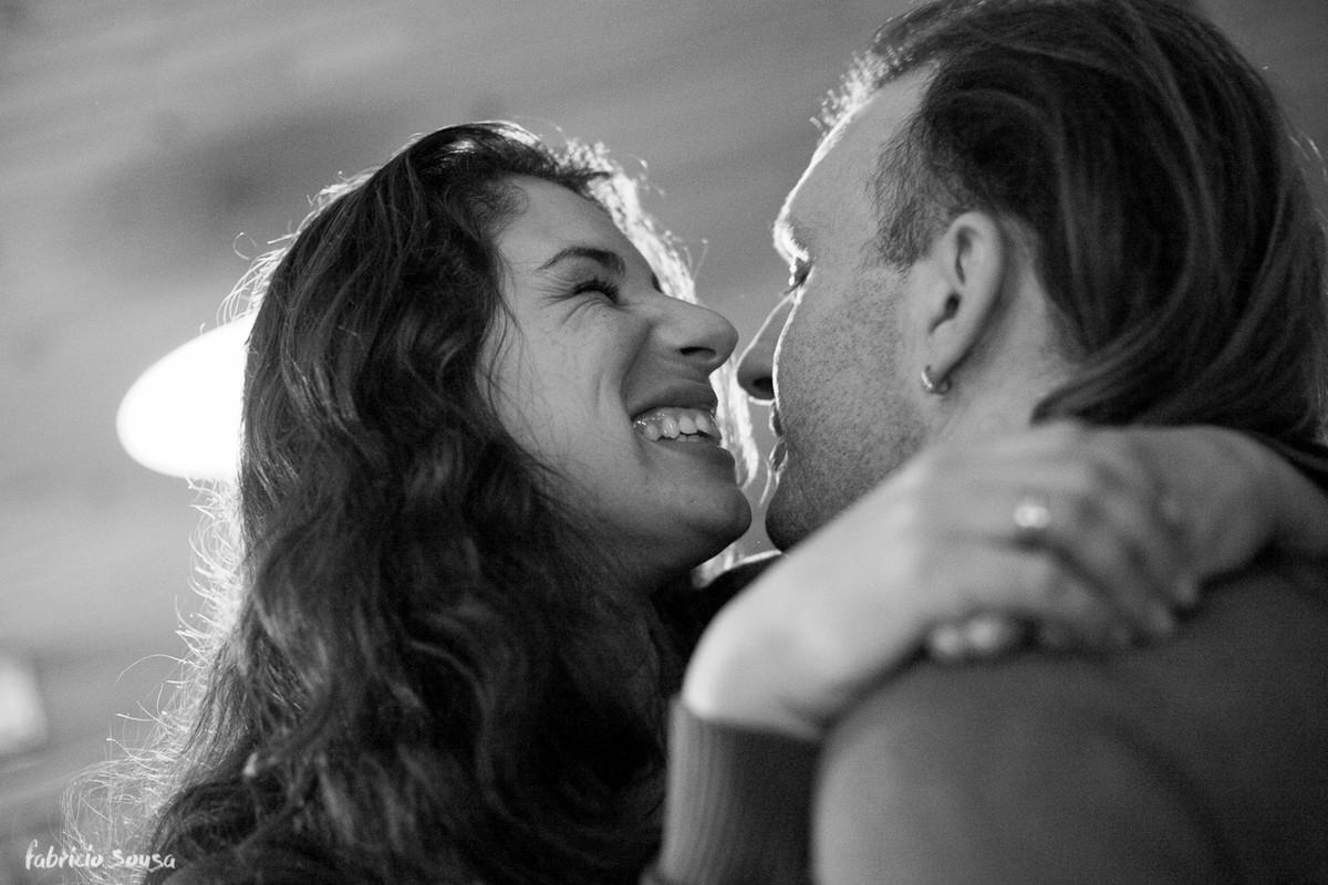 quase beijo de felicidade