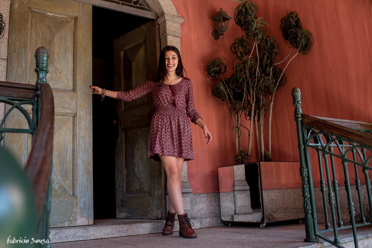 book na porta da Alameda Casarosa - casario antigo