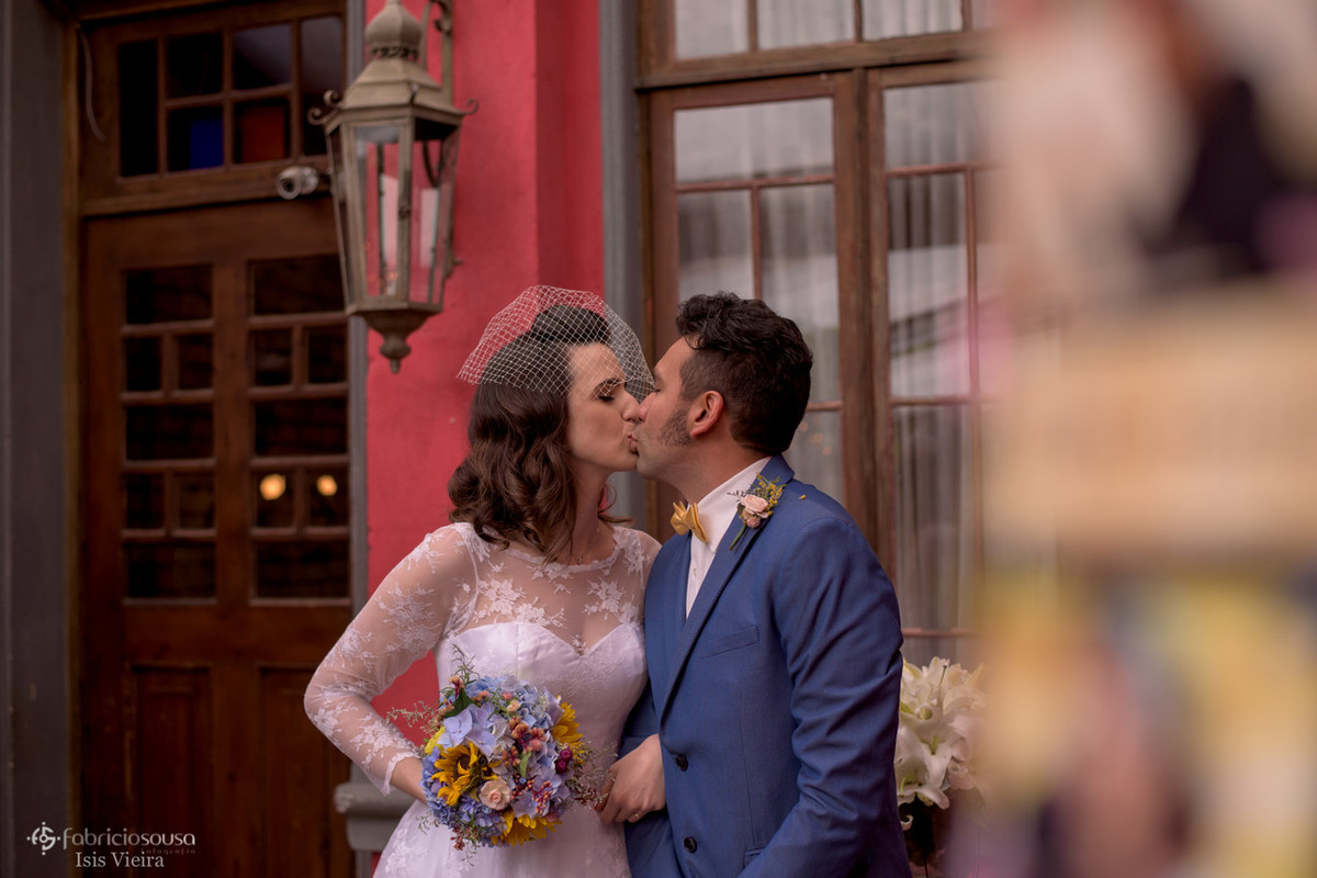 o primeiro beijo do casal