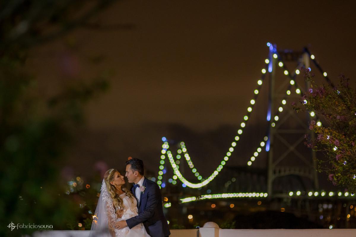 Sessão de fotos no mirante da ponte Hercílio Luz