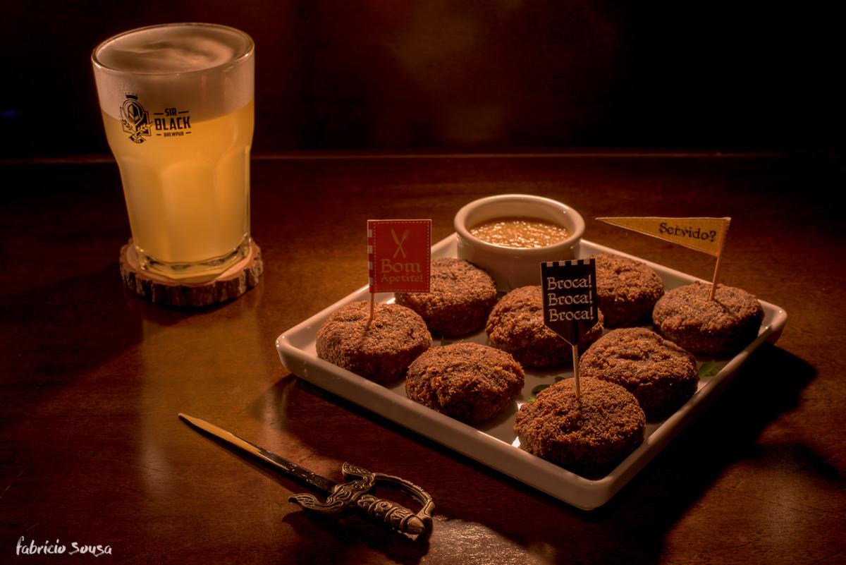 duelo de burguers harmonizados com cerveja de trigo