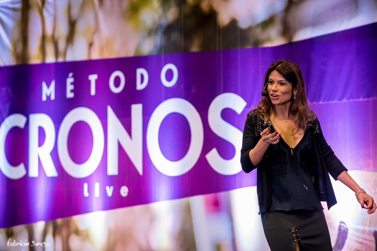 Karina Peloi nutricionista dando ótimas dicas de emagrecimento - método magra para sempre