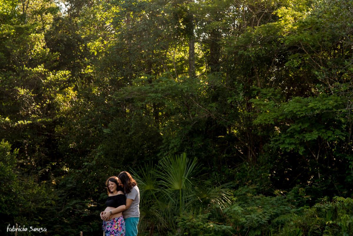 chamego gostoso do casal em ensaio gestante em Belém do Pará