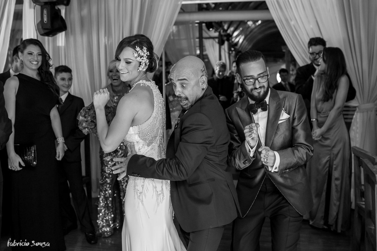 muito hip hop na celebração desse casamento do casal donos da La Bella Mafia