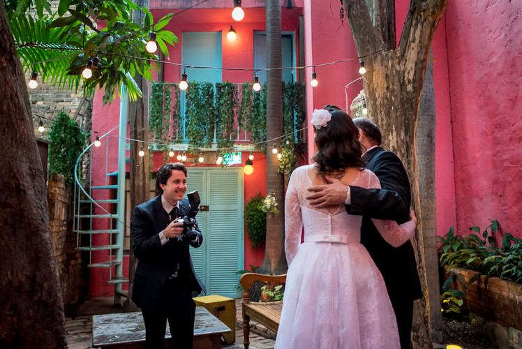 Sobre Fabricio Sousa Fotógrafo de Casamentos em Florianópolis e atende todo o Brasil
