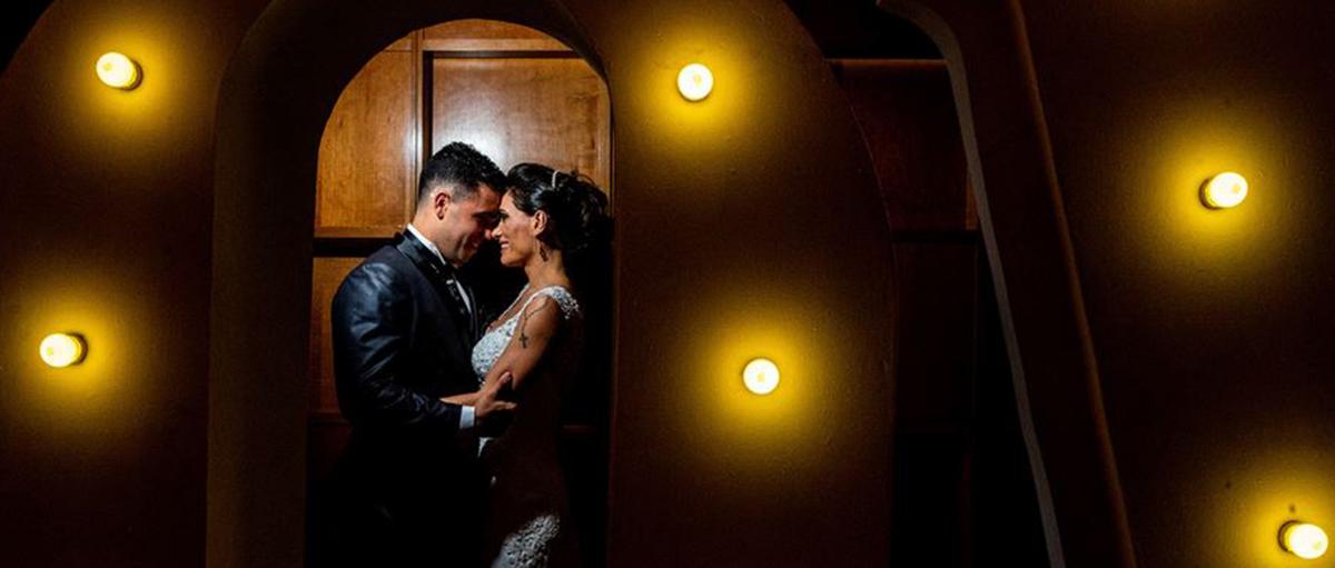 Imagem capa - Filmagem de casamento em São Caetano Hyolanda e Vitor Igreja Sagrada Familia | Allegro Buffet por Couple Films
