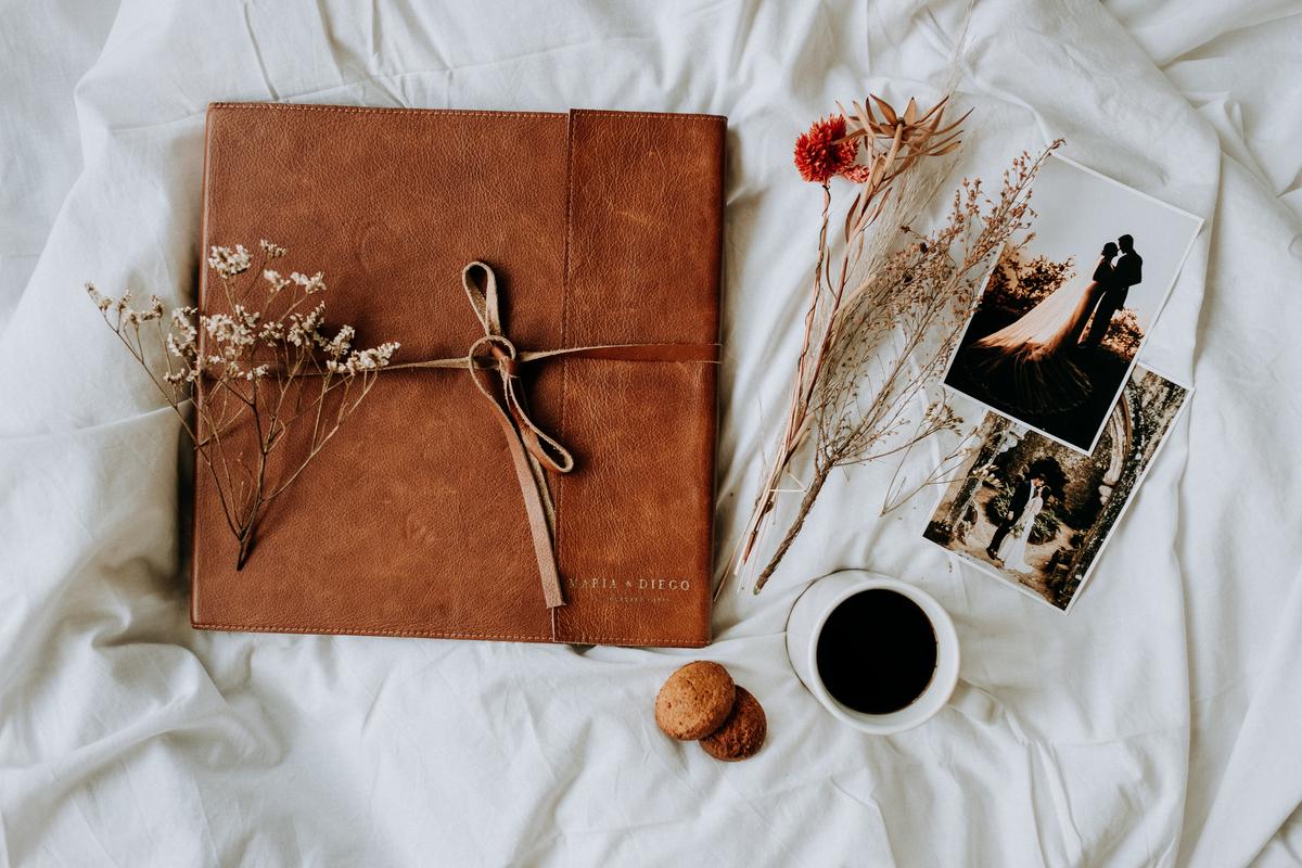 Imagem capa - A importância da Fotografia em Papel por Feel Creations - Wedding Photo & Film