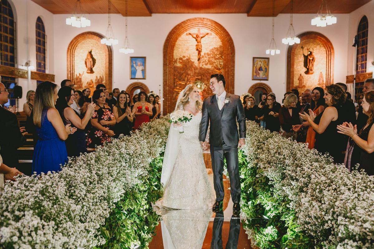 Imagem capa - 5 Igrejas católicas para casar em Brasília por Casal Nogueira Fotografia