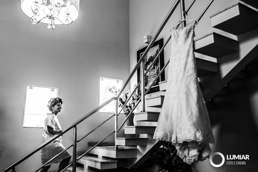 Imagem capa - O vestido ideal por Claudemir Tabosa Silva ME