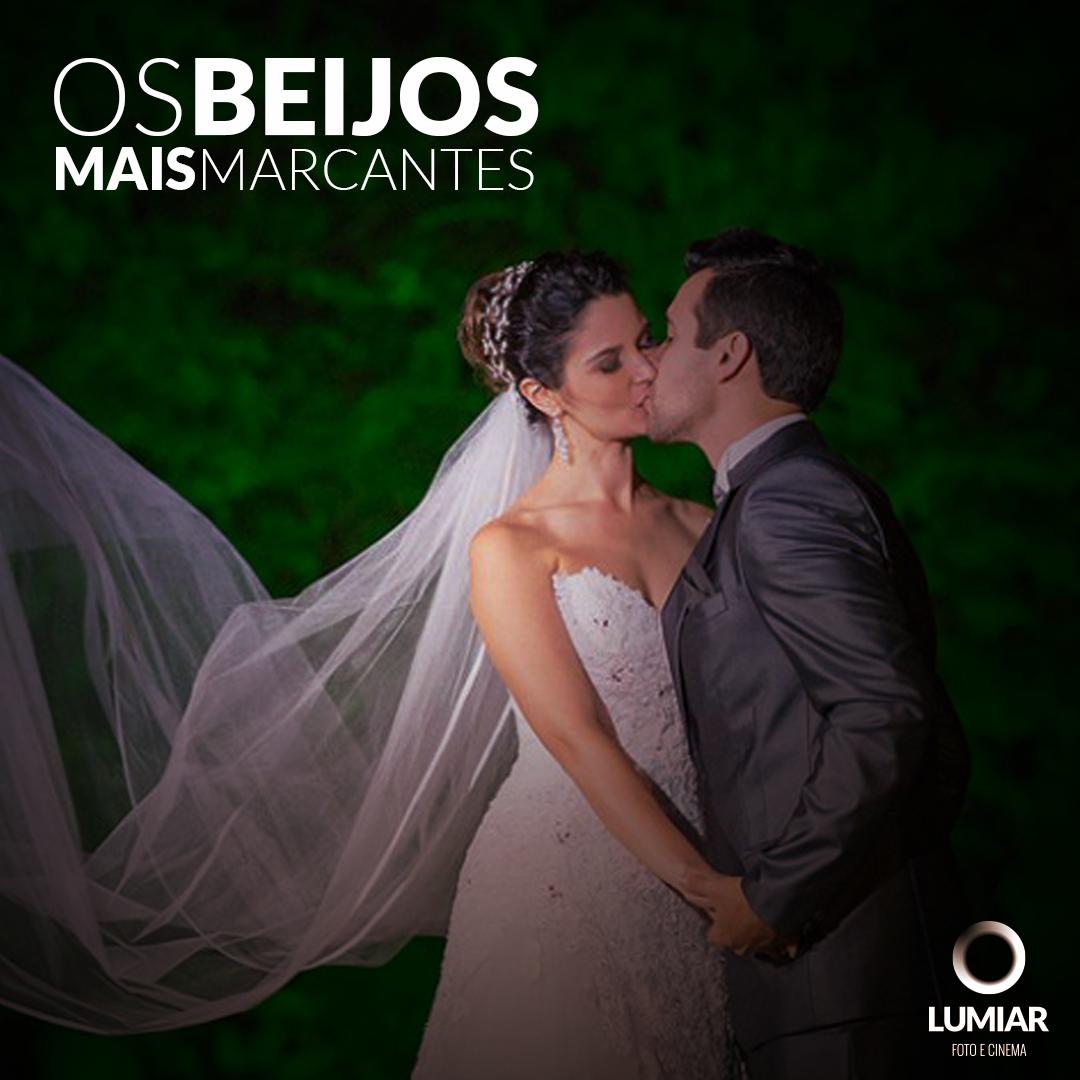 Imagem capa - Os beijos mais marcantes por Claudemir Tabosa Silva ME