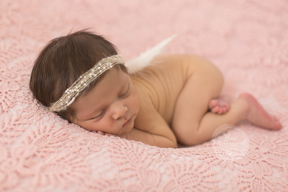 Imagem capa - Ensaio Newborn por Thais Thomazzoni