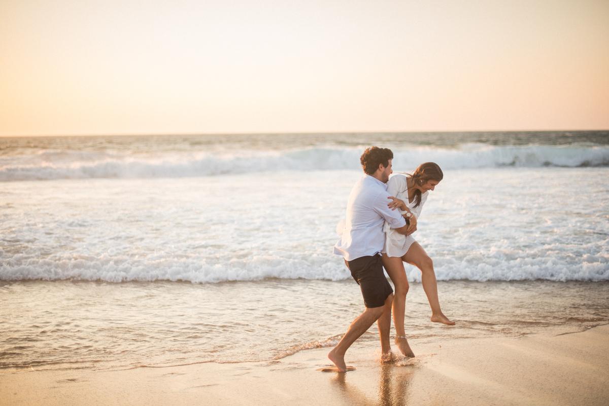 Imagem capa - As melhores praias para sessões de noivado por Mariana Castanheira