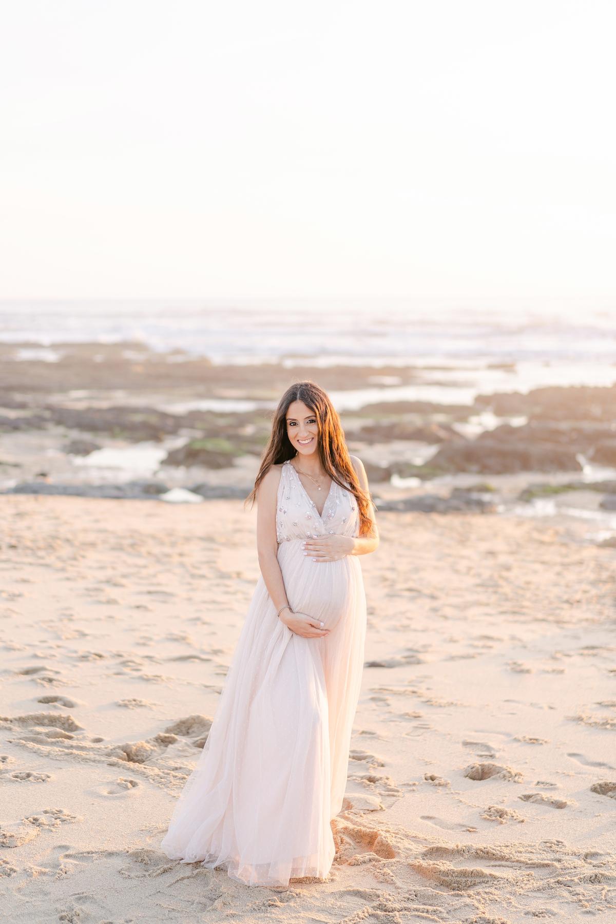 Imagem capa - Sessão de Maternidade na Praia  por Quarto de Lua