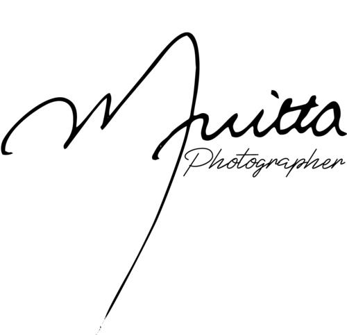 Logotipo de Milton Nitta