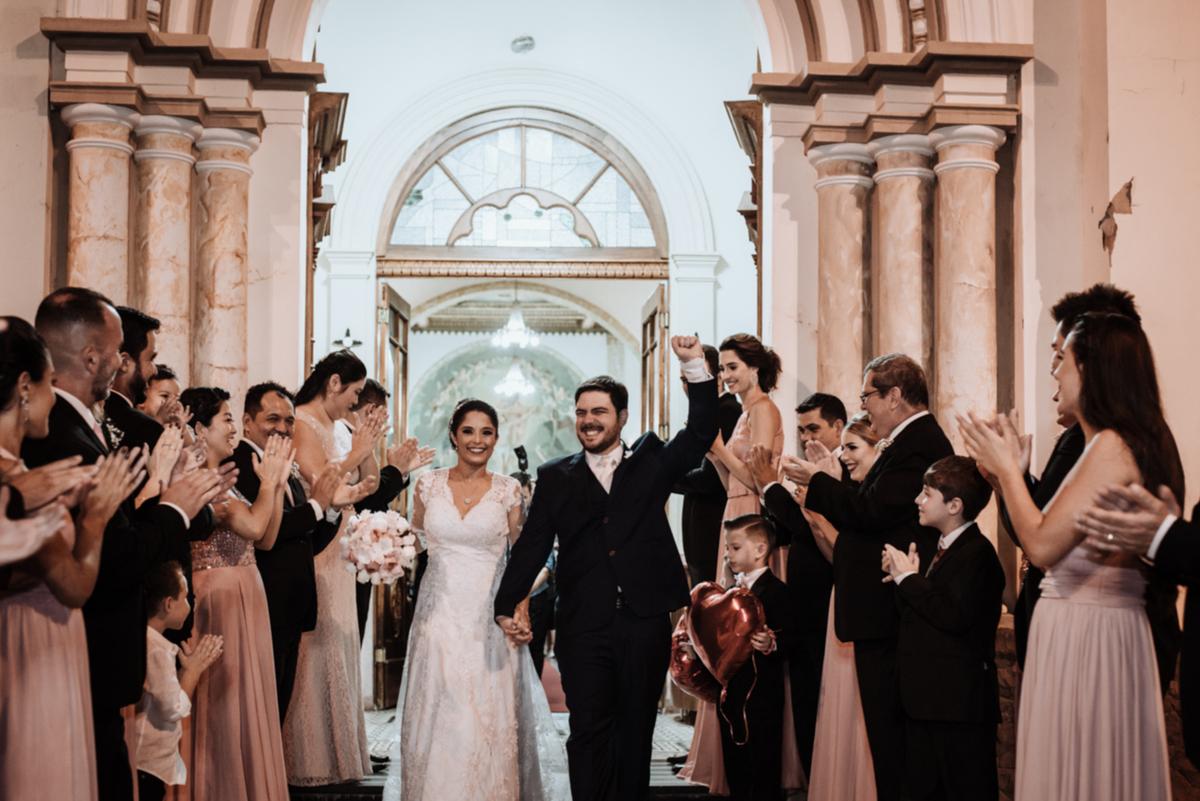 Imagem capa - Dicas ao contratar um fornecedor de Casamento! por Castelazzo Fotografia