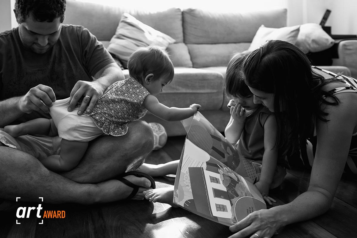 Imagem capa - Fotografias de momentos simples recebem premiação por Adriana Costa