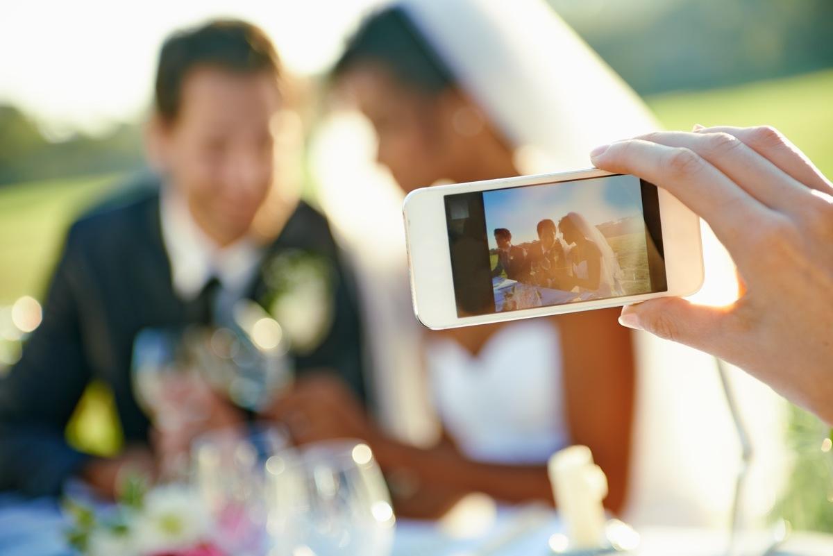Imagem capa - A Nova Moda dos Casamentos Virtuais por EF Cerimonial