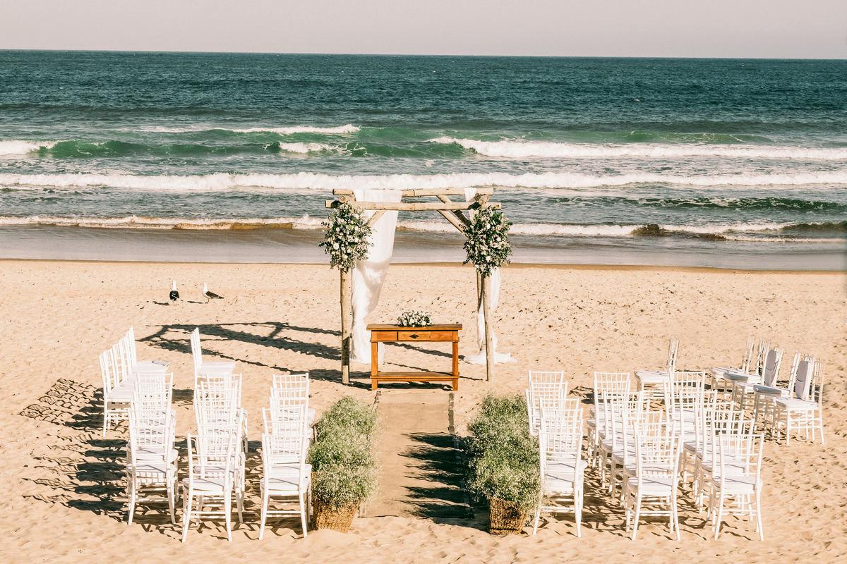 Imagem capa - 10 Dicas Rápidas de Organização Para o Seu Destination Wedding! por EF Cerimonial