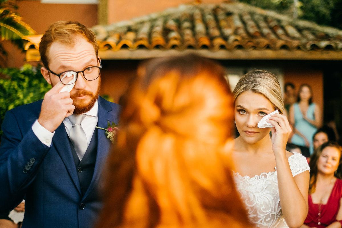 Imagem capa - As Palavras Certas: Escolhendo o Celebrante de Casamento por EF Cerimonial