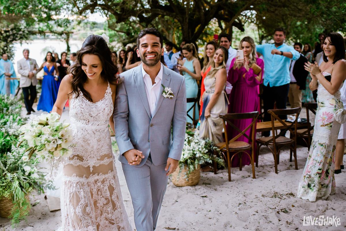 Imagem capa - Razões Para Vocês Terem Video de Casamento por EF Cerimonial