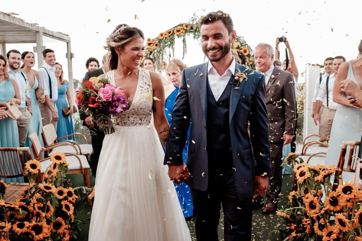 Imagem capa - Bodas de Papel: Dicas para Comemorar 1 ano de Casados por EF Cerimonial