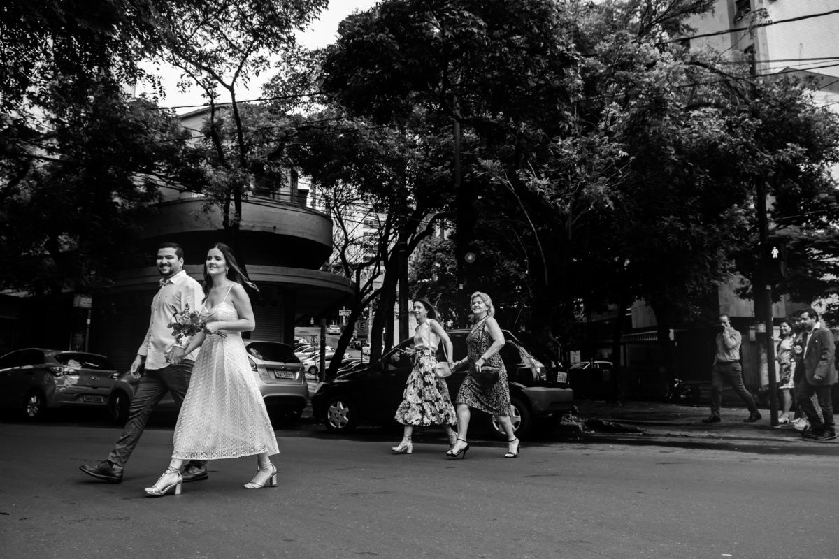 Imagem capa -  10 razões para escolher fotos espontâneas para o seu casamento por Sebastian Herrera