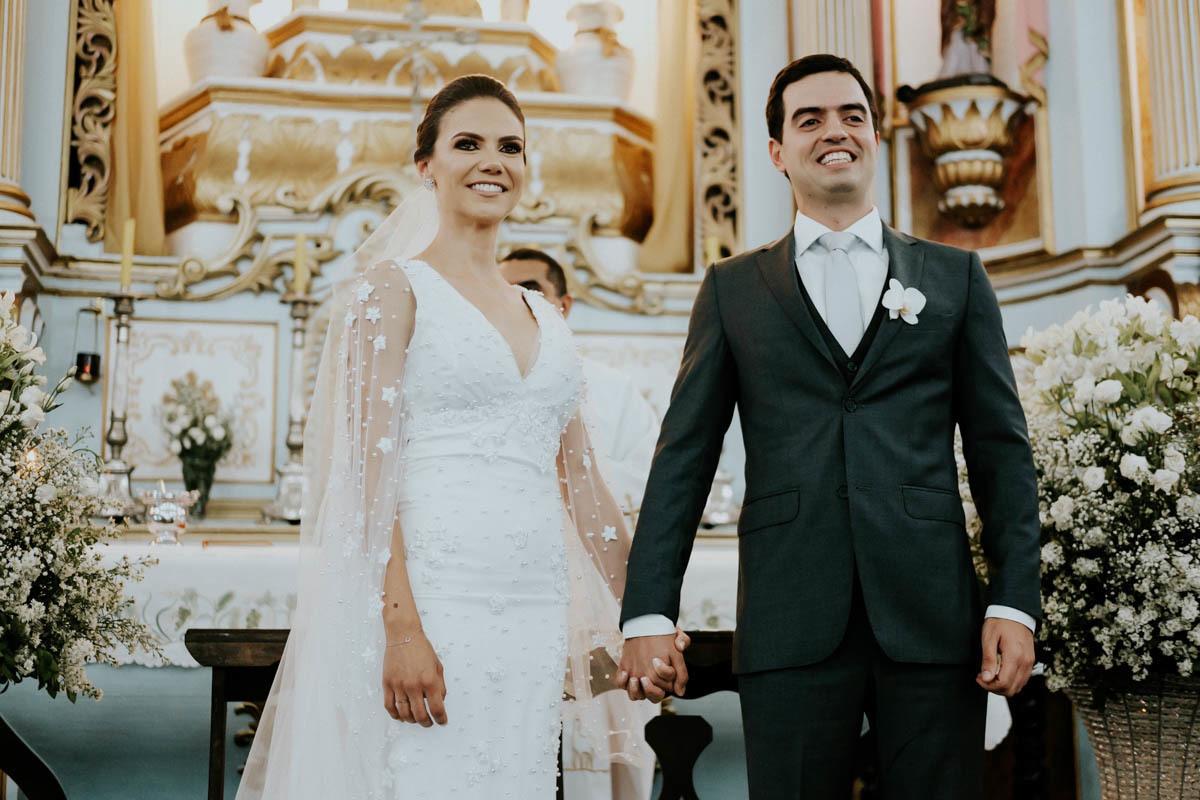 Imagem capa - Casamento Catedral Santo Antônio, Sete Lagoas, Bina & Thales.  por Sebastian Herrera