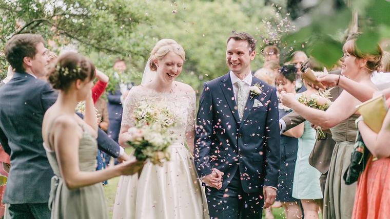 Imagem capa - É possível fazer uma festa de casamento gastando pouco e encantando muito? por Elton Abreu Araujo Sampaio