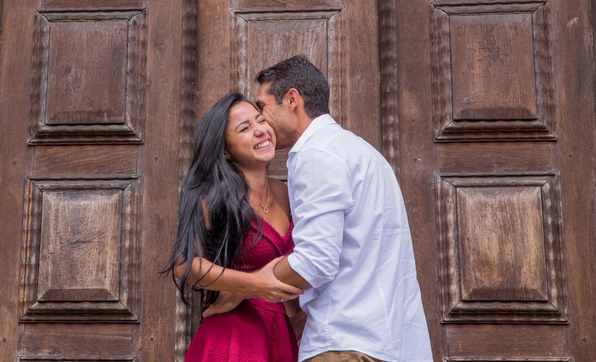 Imagem capa - 5 Motivos Para Fazer um Ensaio Pré Casamento. por Thais Teves