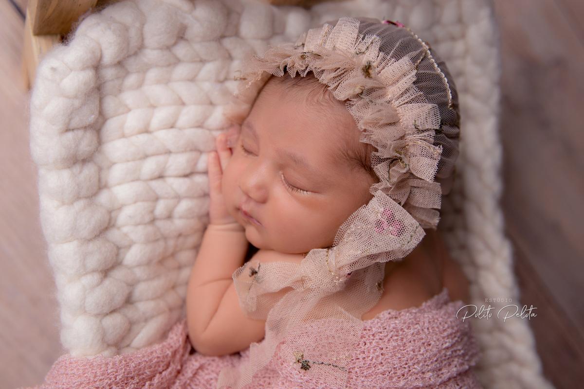 Imagem capa - Ensaio Newborn: como funciona a fotografia de recém-nascido por Mayara Barbosa Fotografia