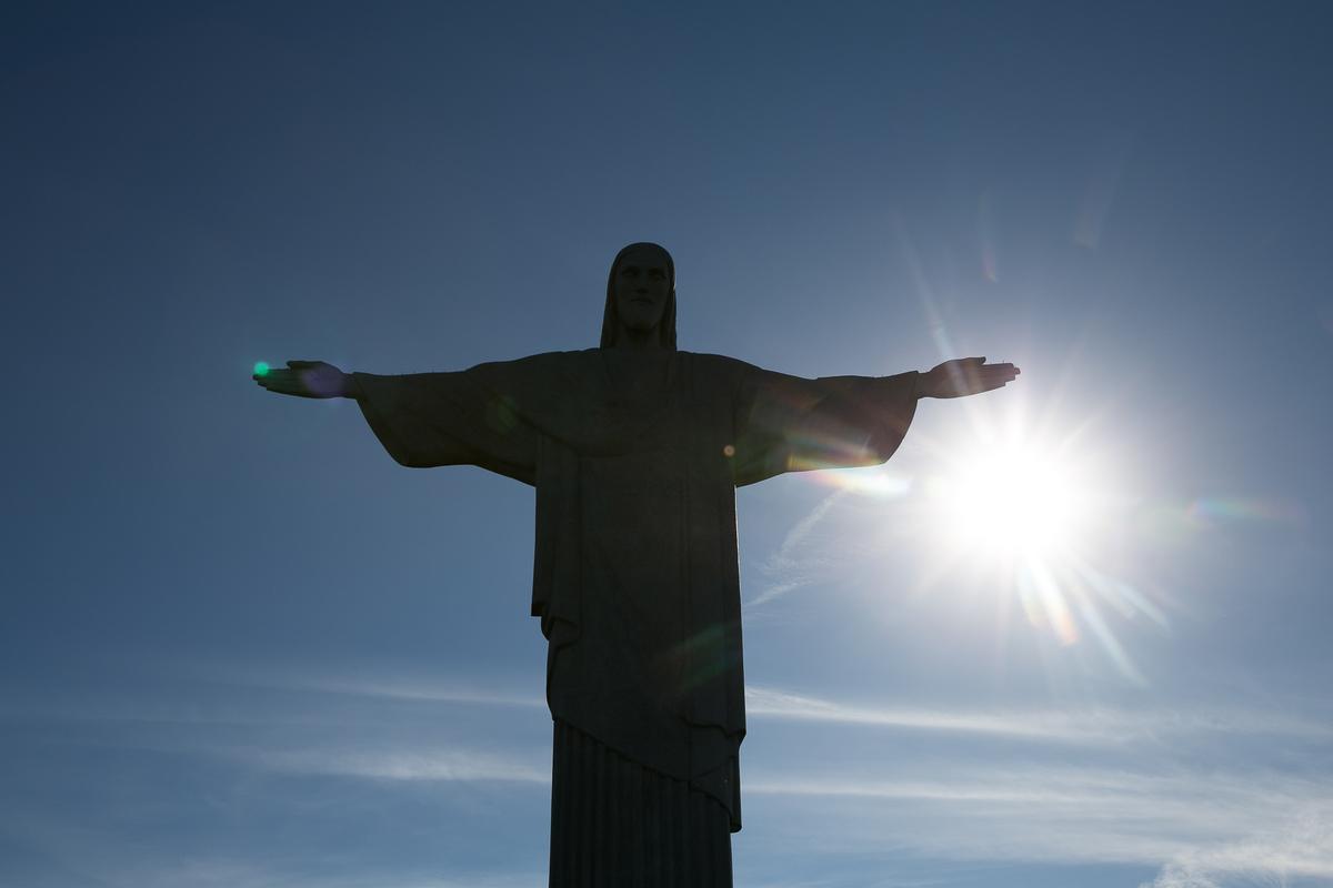Imagem capa - Cristo Redentor por Orquestra de Imagens Produções Ltda ME