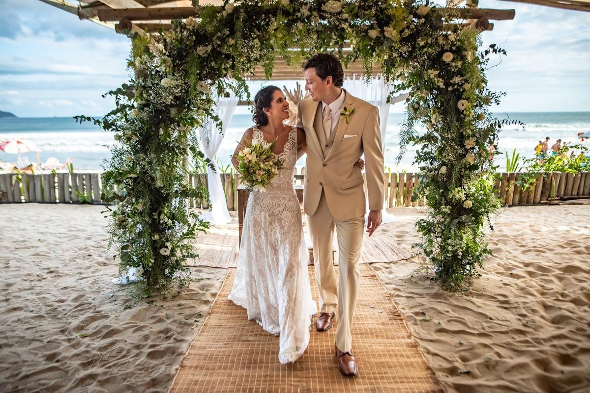 Imagem capa - Casamento na praia de Maresias - SP por Rafael Bigarelli
