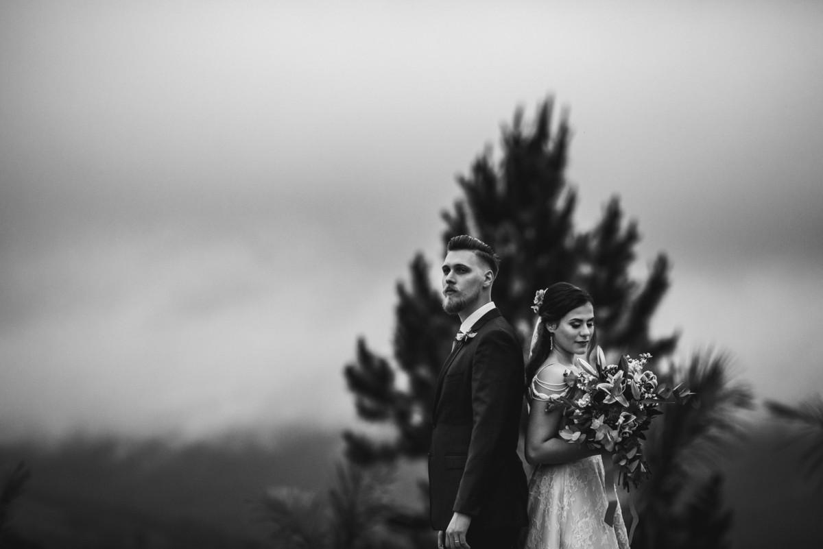 Imagem capa - Por que fotografar o casamentos dos amigos é tão poderoso?  por Rafael Bigarelli