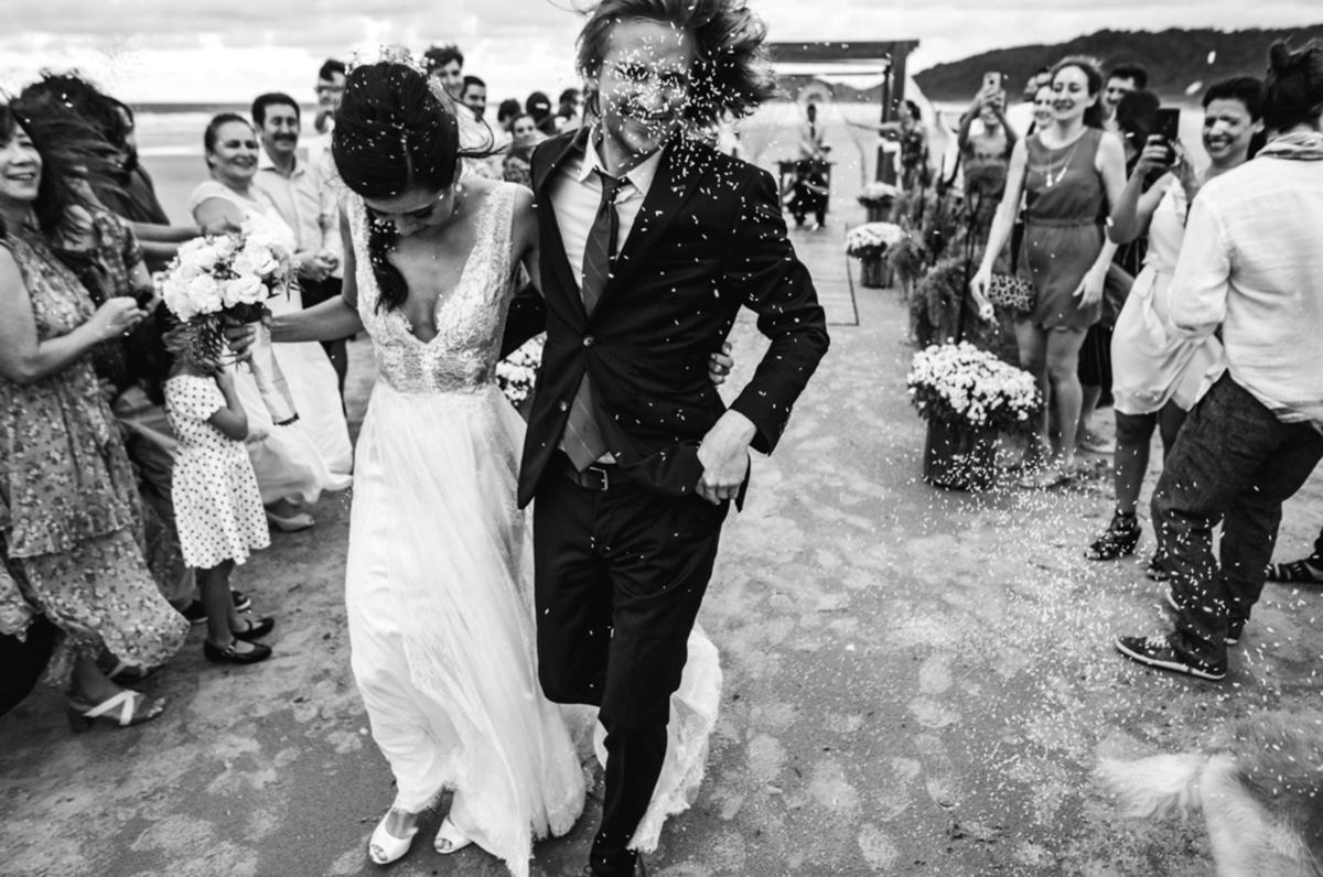 Imagem capa - Casamentos na Praia: Brasileiros e Estrangeiros  por Rafael Bigarelli